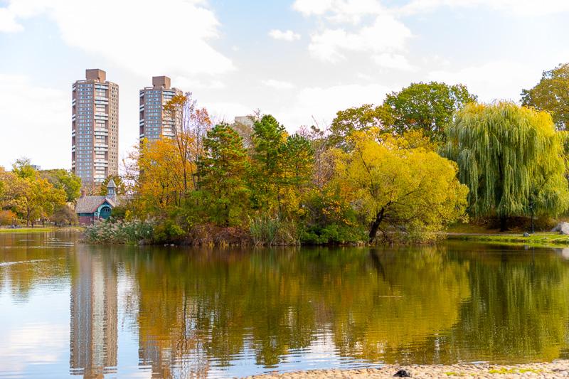 Harlem Meer Lake Central park autumn wedding spot